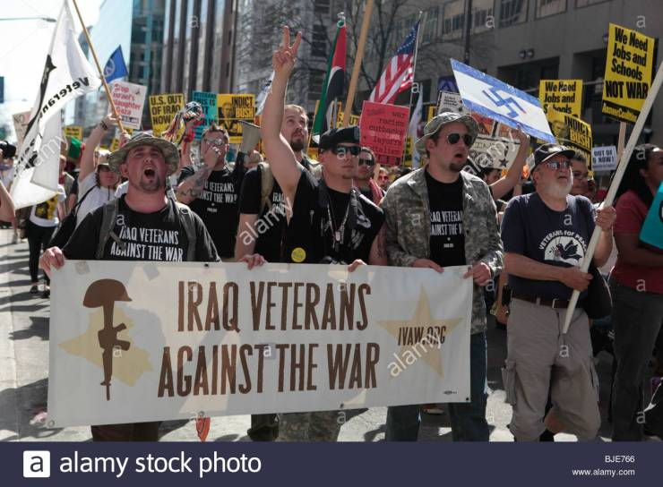 iraq-veterans-against-the-war-marching-with-sign-anti-war-protest-BJE766